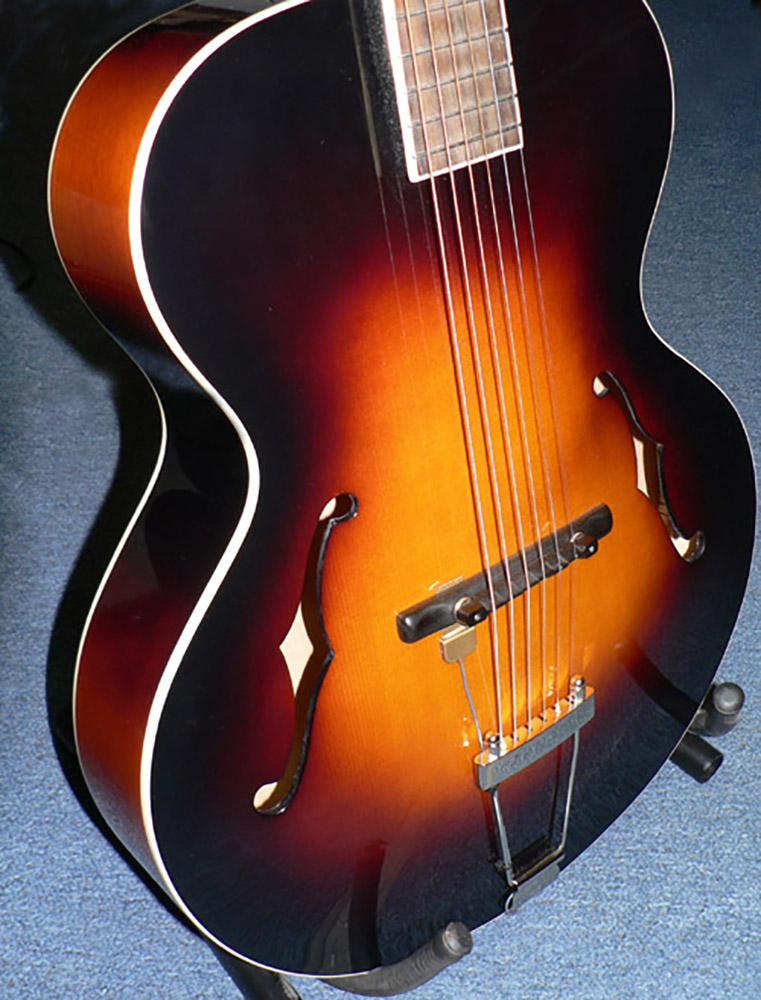 K/&K Sound Definity PRO Pickup w//Pure XLR Preamp for Floating Bridge Guitars GOLD